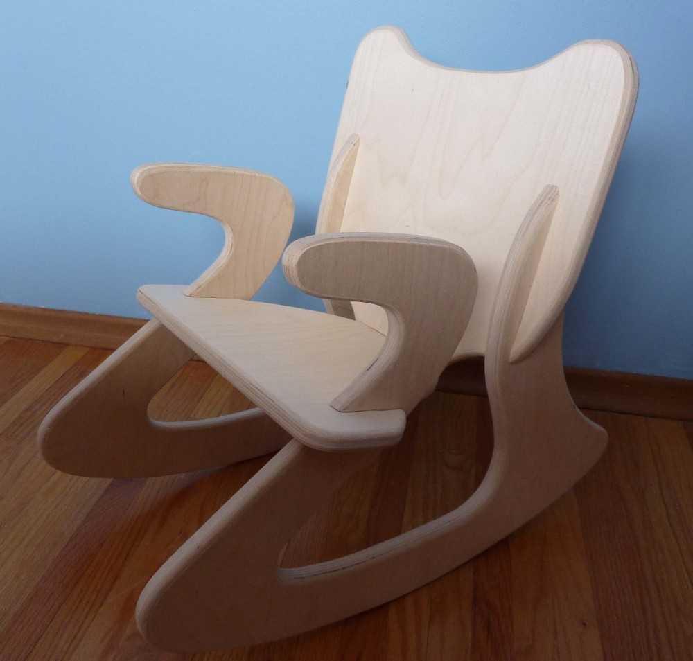 которые стулья и кресла из фанеры фото его