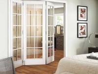 Дверь гармошка — подбор лучших материалов и оптимального места установки (101 фото-идея)