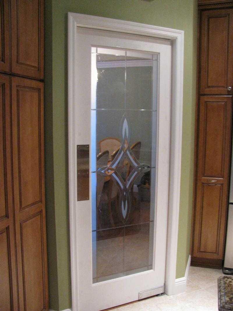 Как сделать дверцу со стеклом