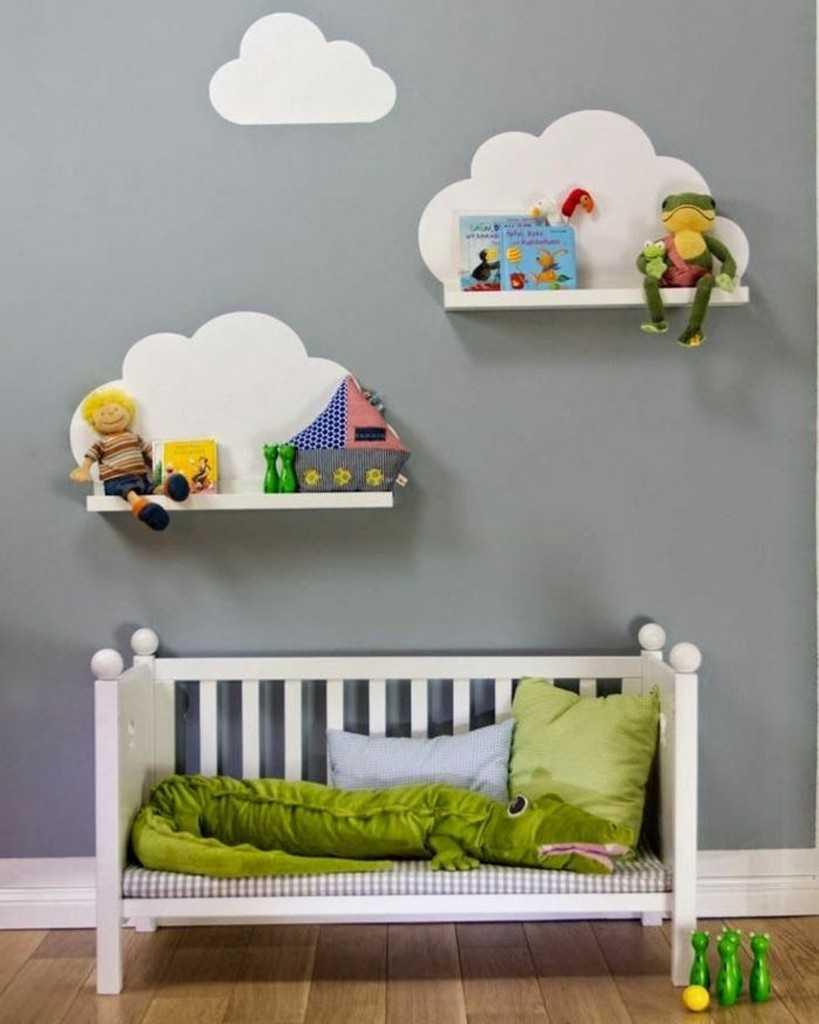 Полка в детской комнате своими руками