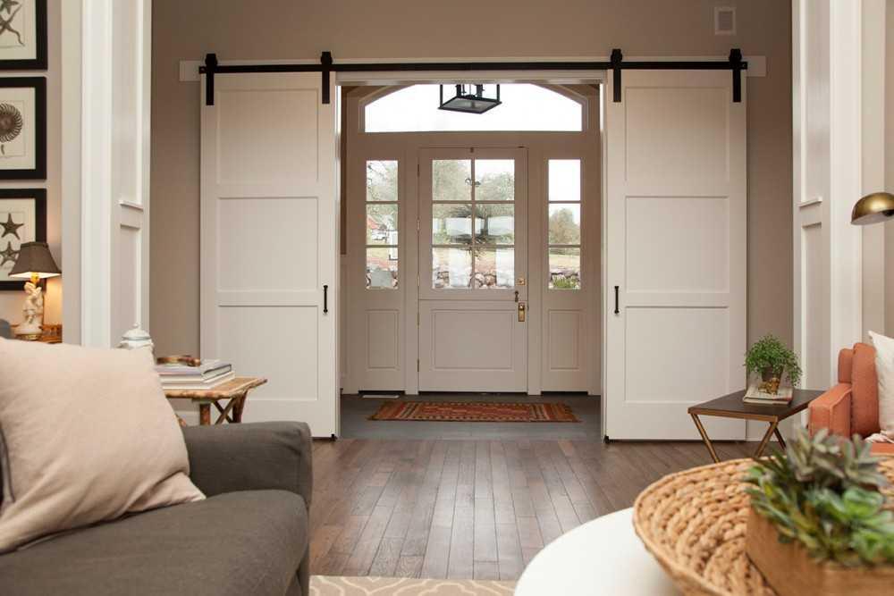 Раздвижные двери — преимущества и недостатки использования. Современные виды механизмов (115 фото)