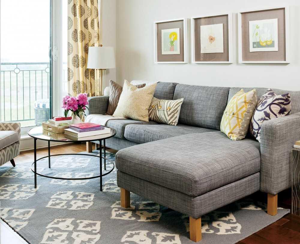 Накидка на диван: 30 Идей, как украсить и защитить мебель 61