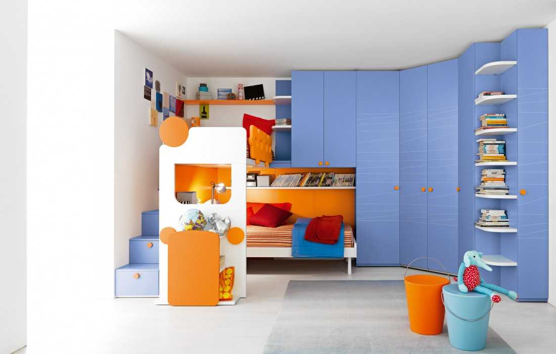Стеллаж в детскую — правила выбора, зонирование пространства и обзор разных конструкций (88 фото)