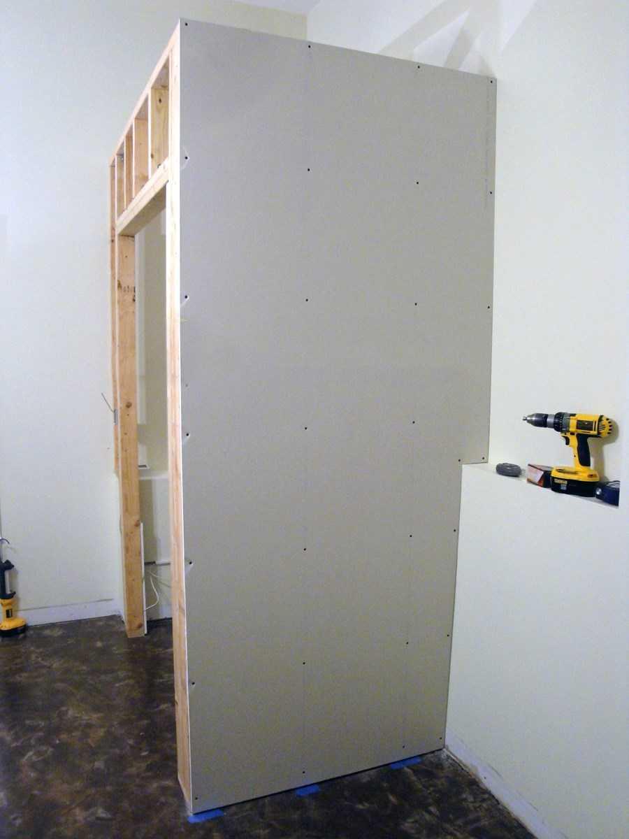 Встроенный шкафчик своими руками фото 123